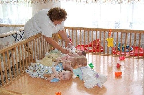 Дети из дома малютки