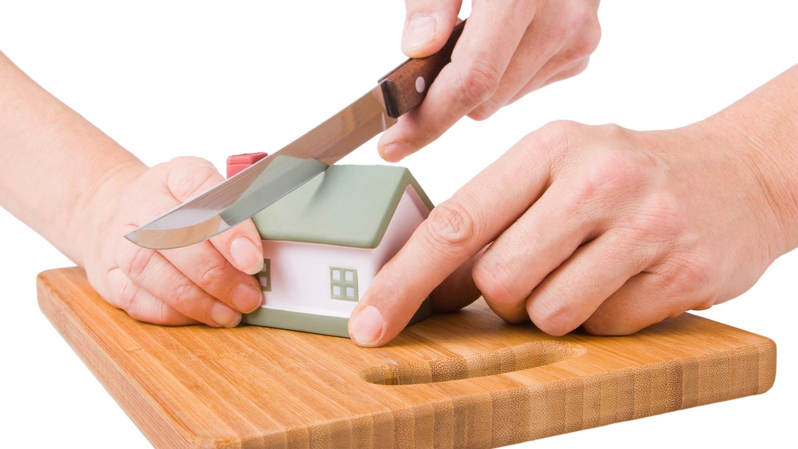 Как делить кредиты при разводе